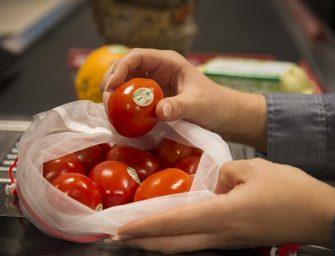 Rewe riduce la plastica nel reparto F&V. Ortofrutta bio senza imballaggi